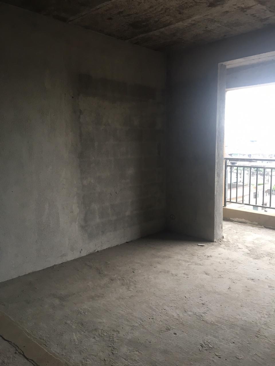 黃金水岸小區3室 2廳 2衛60萬元