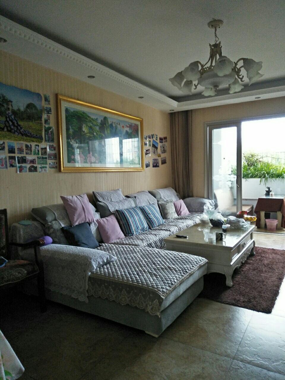 凯丽香江3室 2厅 2卫87万元