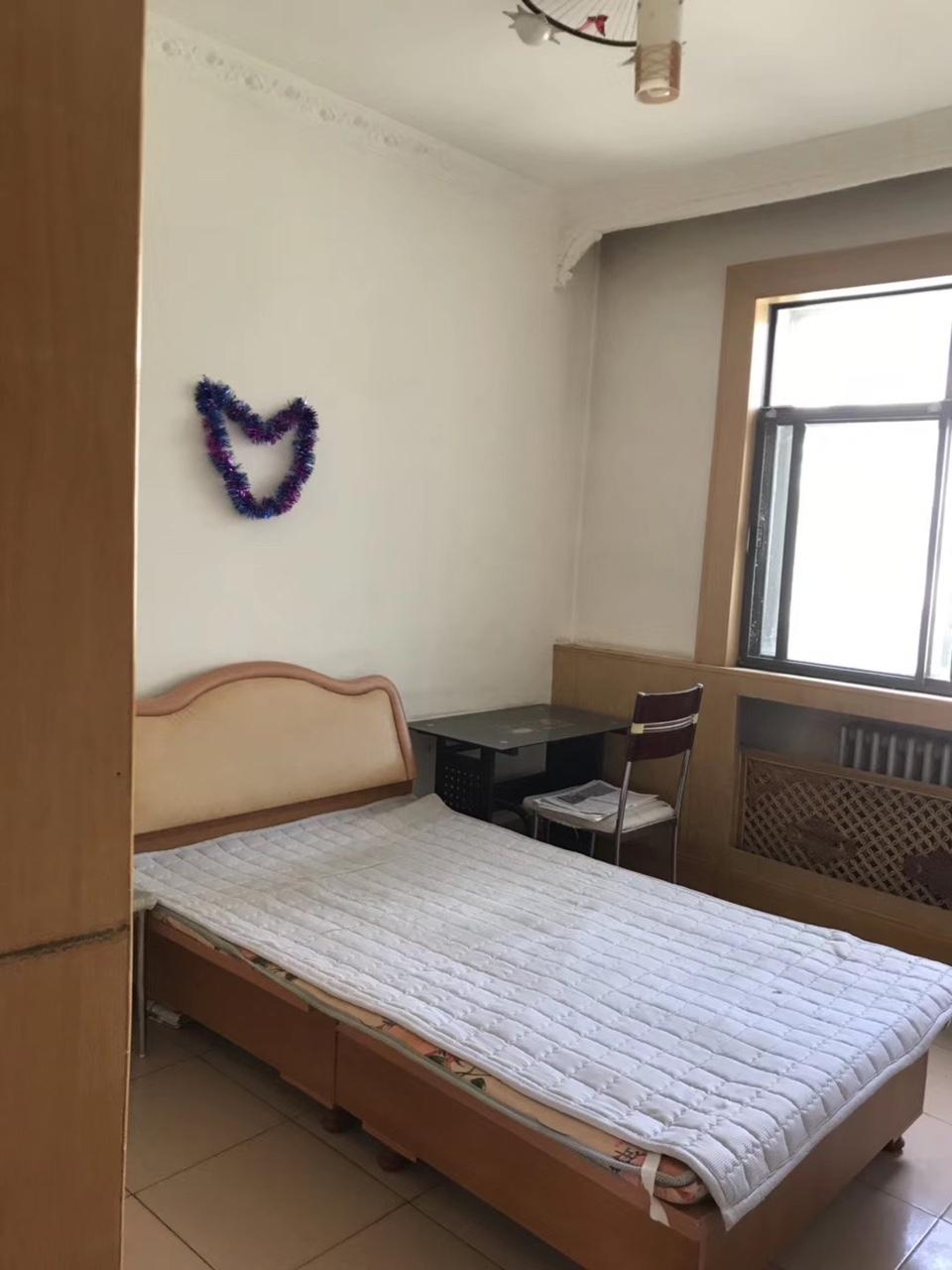 【金港房屋】人民街区 2室 2厅 1卫32万元