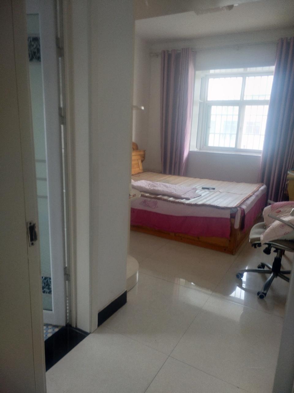 瑞通嘉园3楼124平米58万3室2厅 2卫58万元