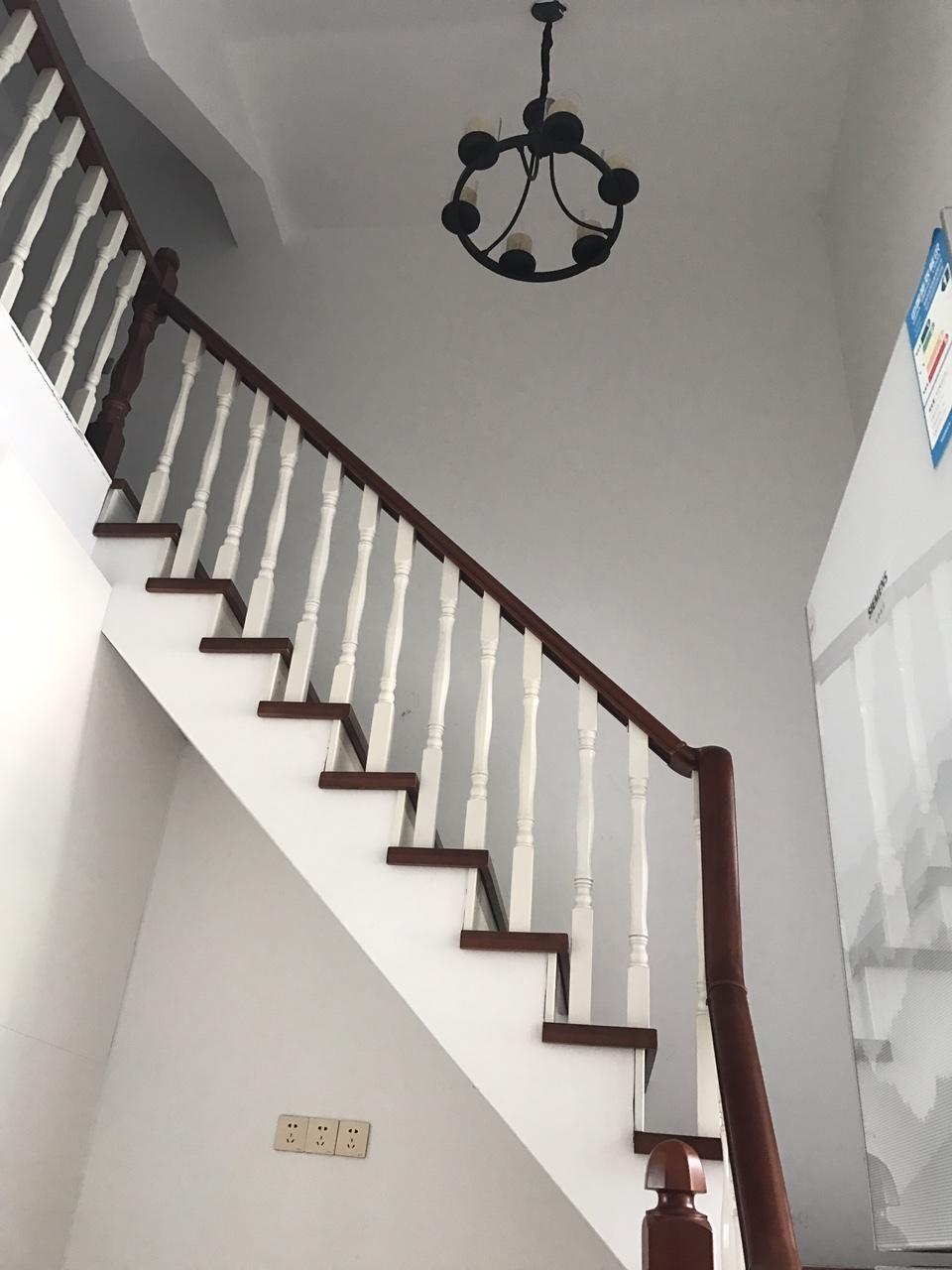 豪华装修嘉华城4室 2厅 2卫76.8万元