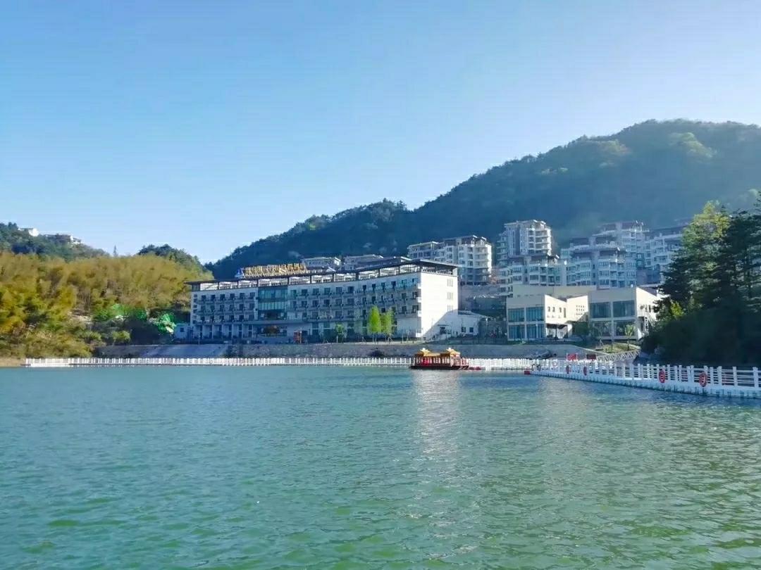 高山湖景避暑度假小镇1室 1厅 1卫26万元