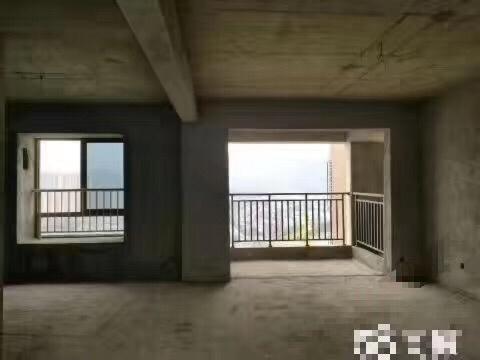 约克阳光二期3室 2厅 2卫88万元