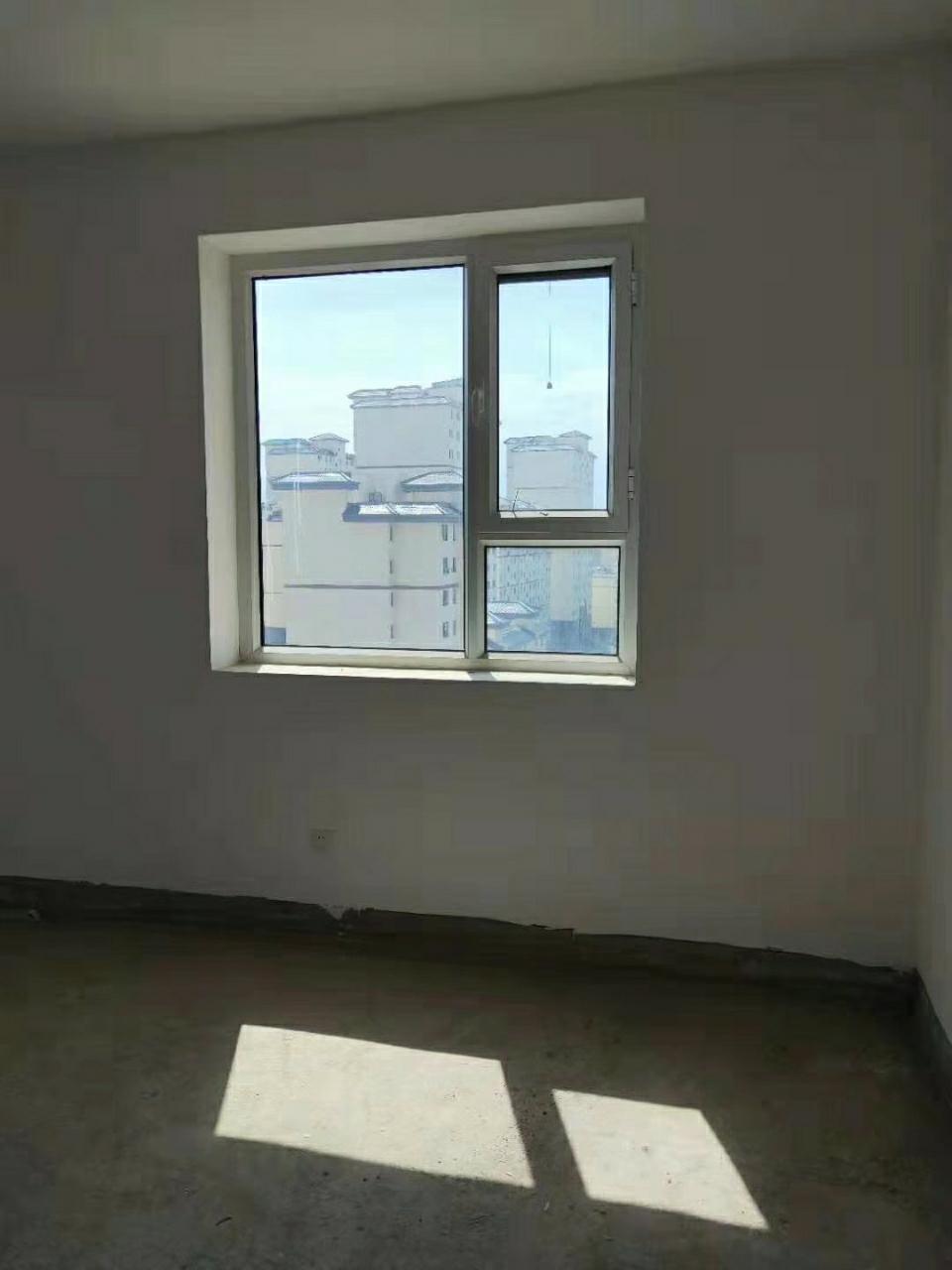 国泰家园2室 2厅 1卫48.6万元