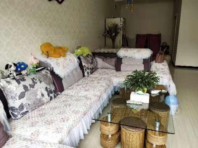 紫江花園3室 2廳 1衛56.8萬元