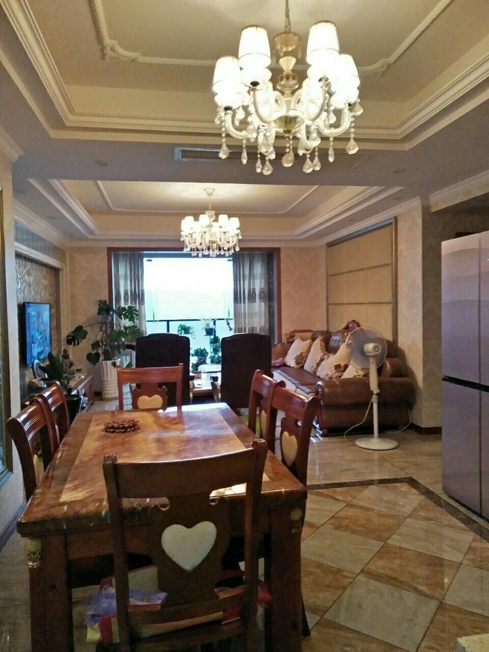 盛景天下4室 2厅 2卫108万元