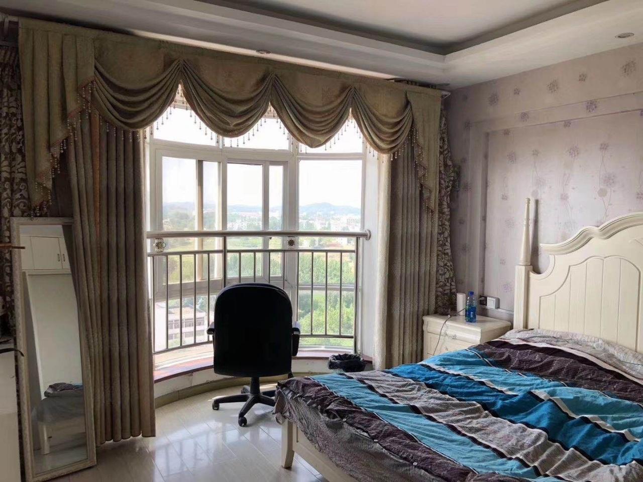華興家園3室 2廳 2衛99萬元