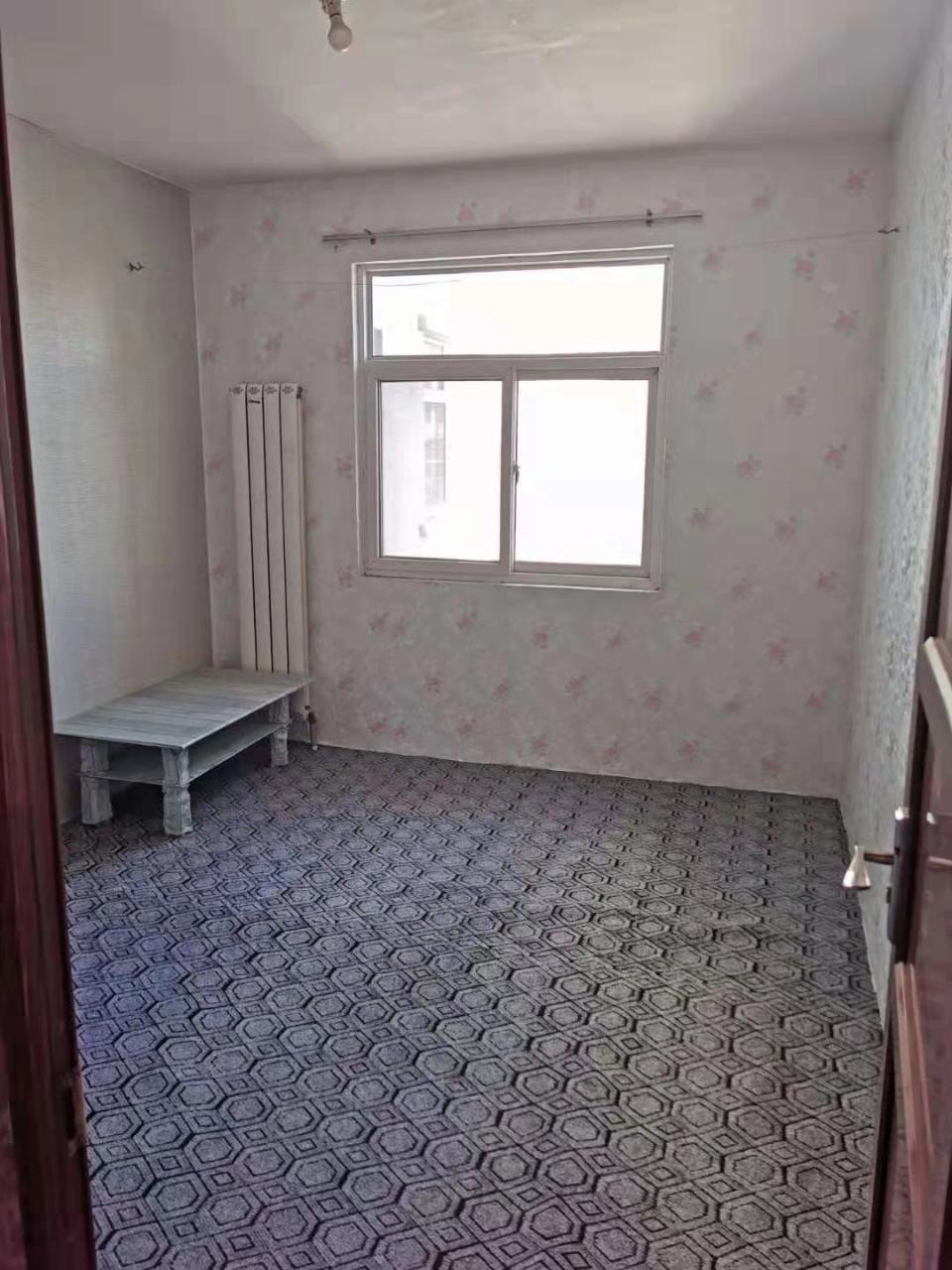 石油城小区2室 1厅 1卫97万元