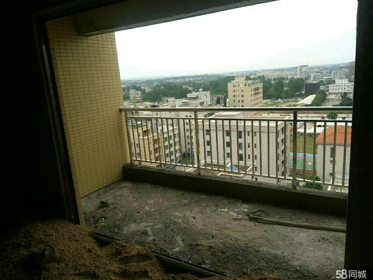 好房低价,化州市中心橘洲一号附近全新电梯套房出售