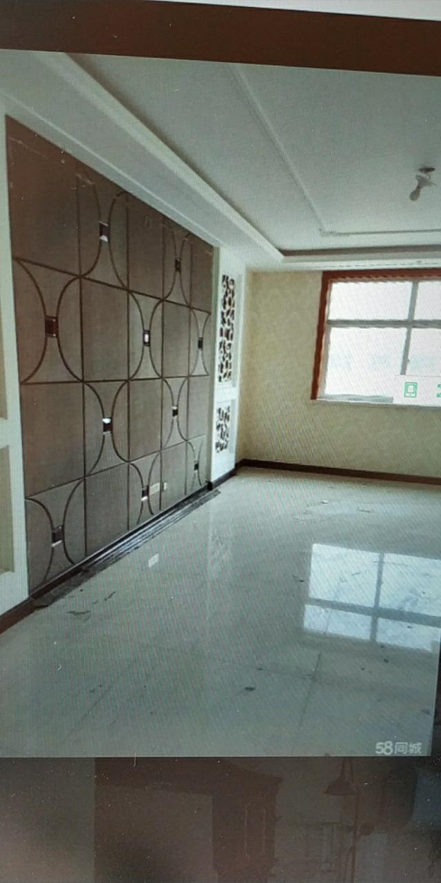 隆泰佳苑3室 ,精装4800,全款
