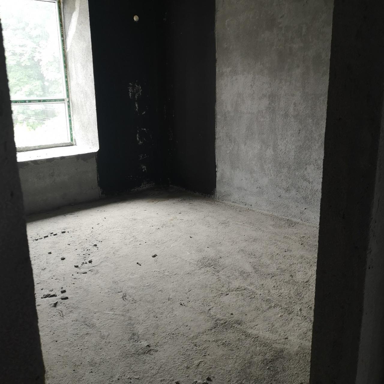 新怡家园2室 2厅 2卫39万元