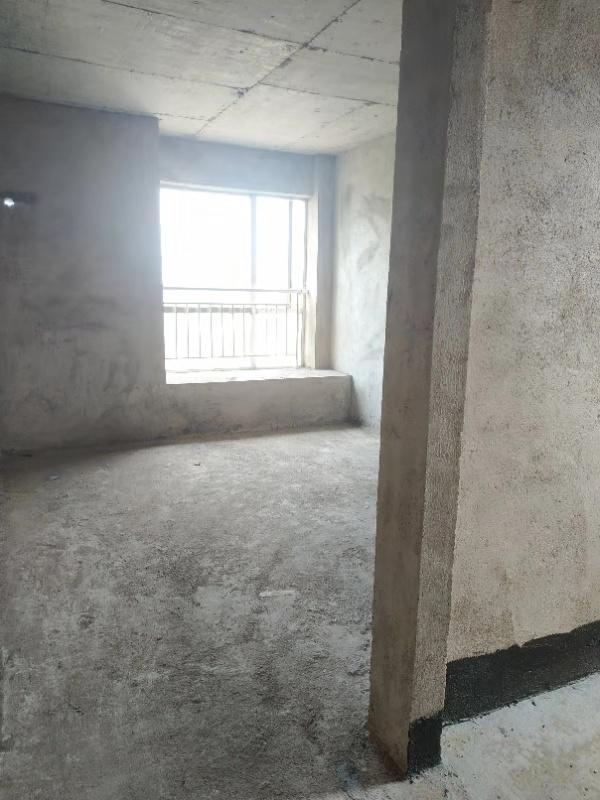 桃江龙城3室 2厅 2卫78万元