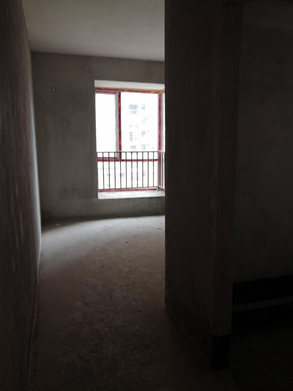 龙凤夏威夷3室 2厅 2卫59.8万元