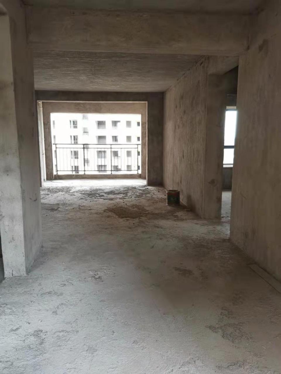 碧水蓝天●别墅城4室 2厅 2卫92万元