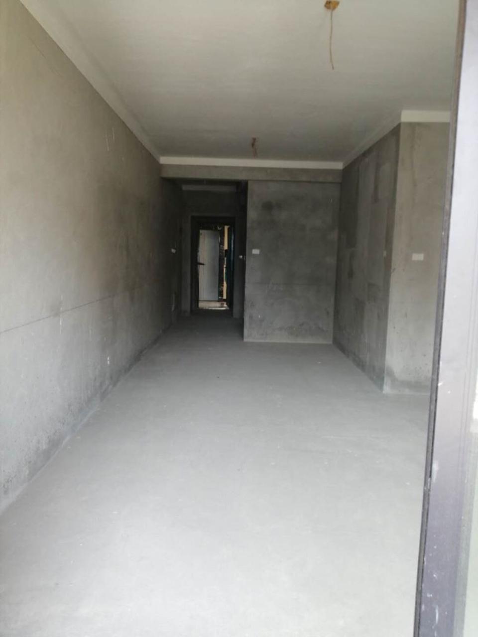 万达一期3室 2厅 2卫85万元