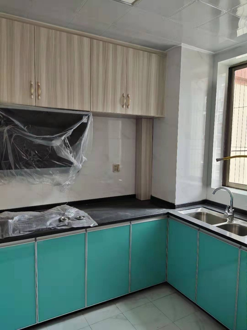 桃江龙城3室 2厅 2卫96万元