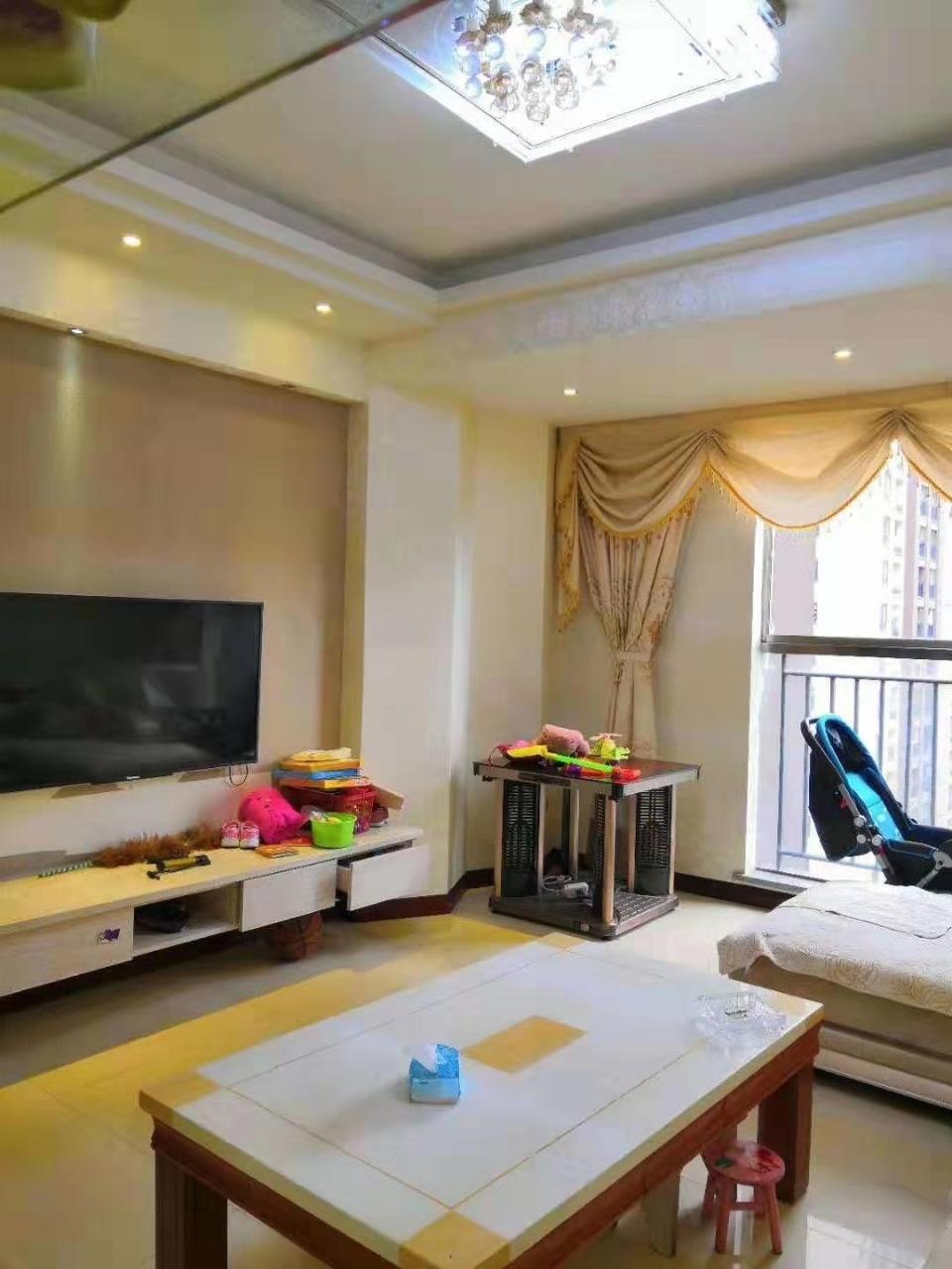 山台山精装3室 2厅 2卫55.8万元