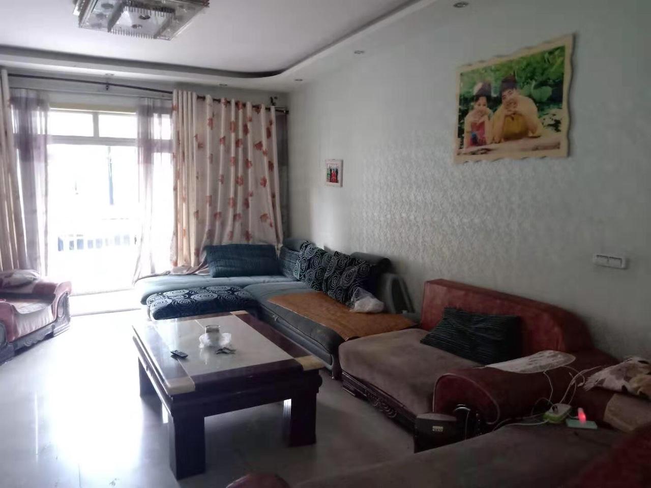乌江港湾3室 2厅 2卫75万元