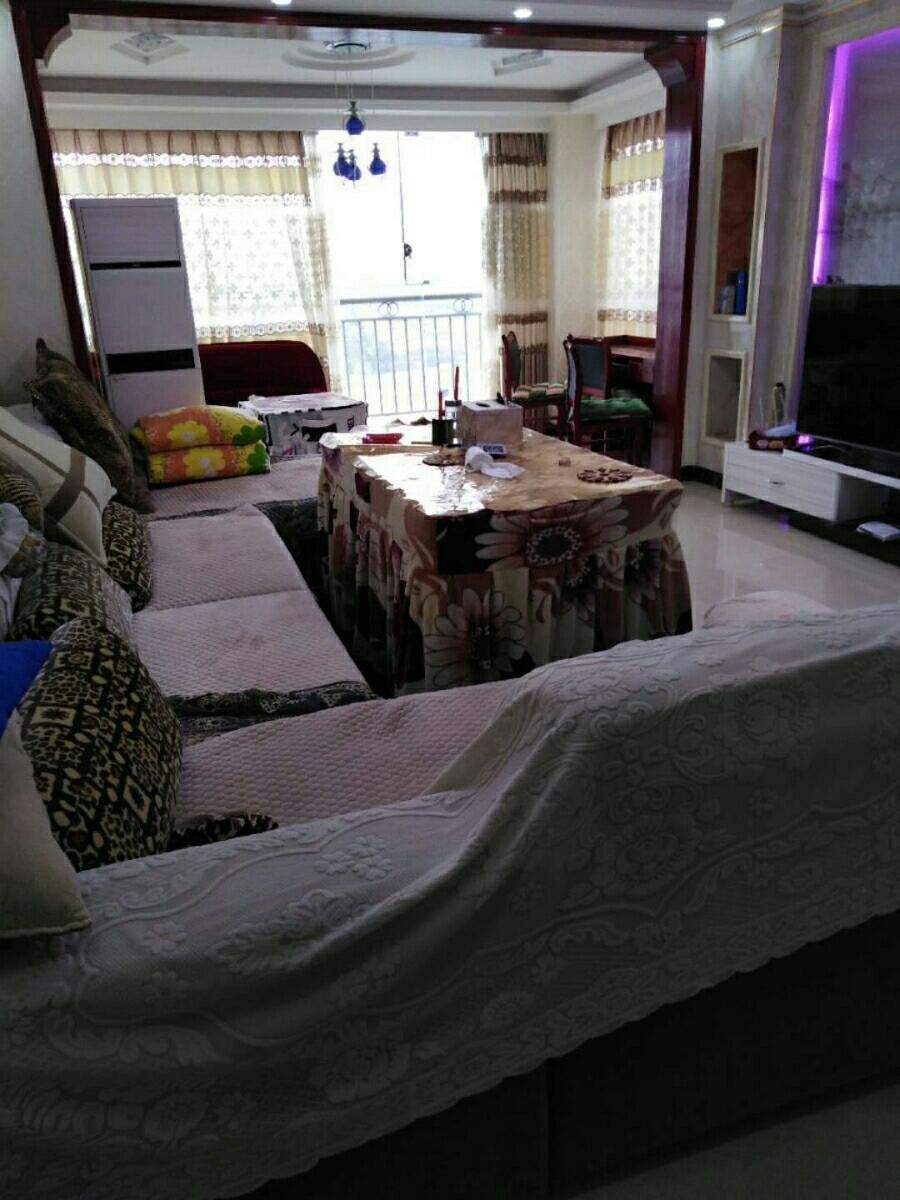 阳光城3室 2厅 2卫,全新装修