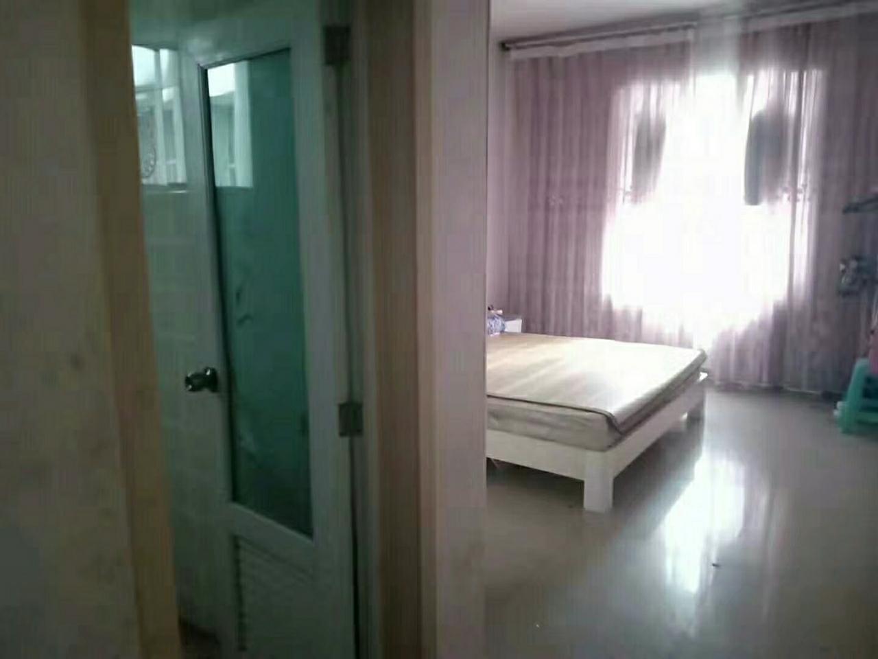 丽豪大厦3室 2厅 2卫75万元