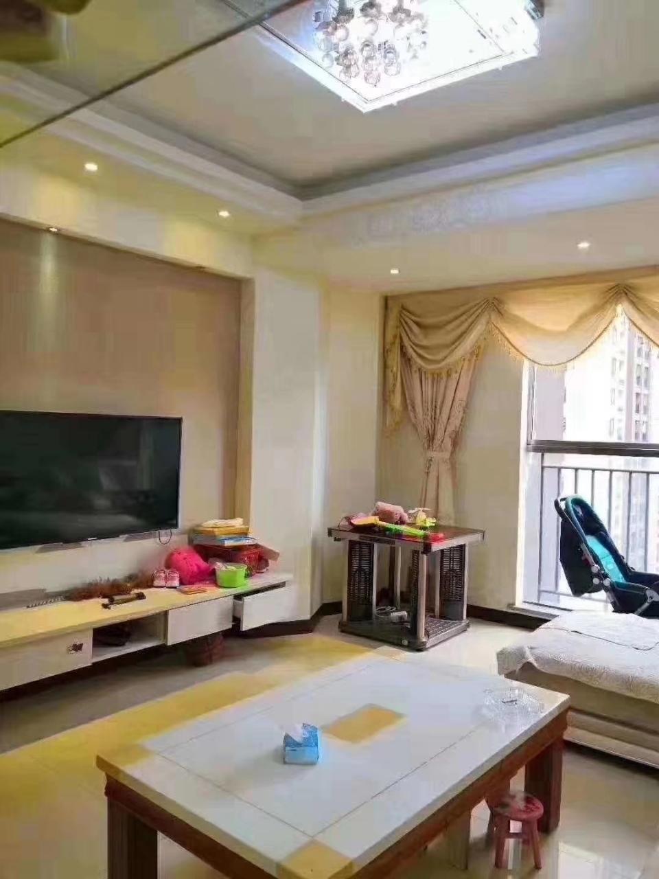山台山3室 2厅 1卫55.8万元
