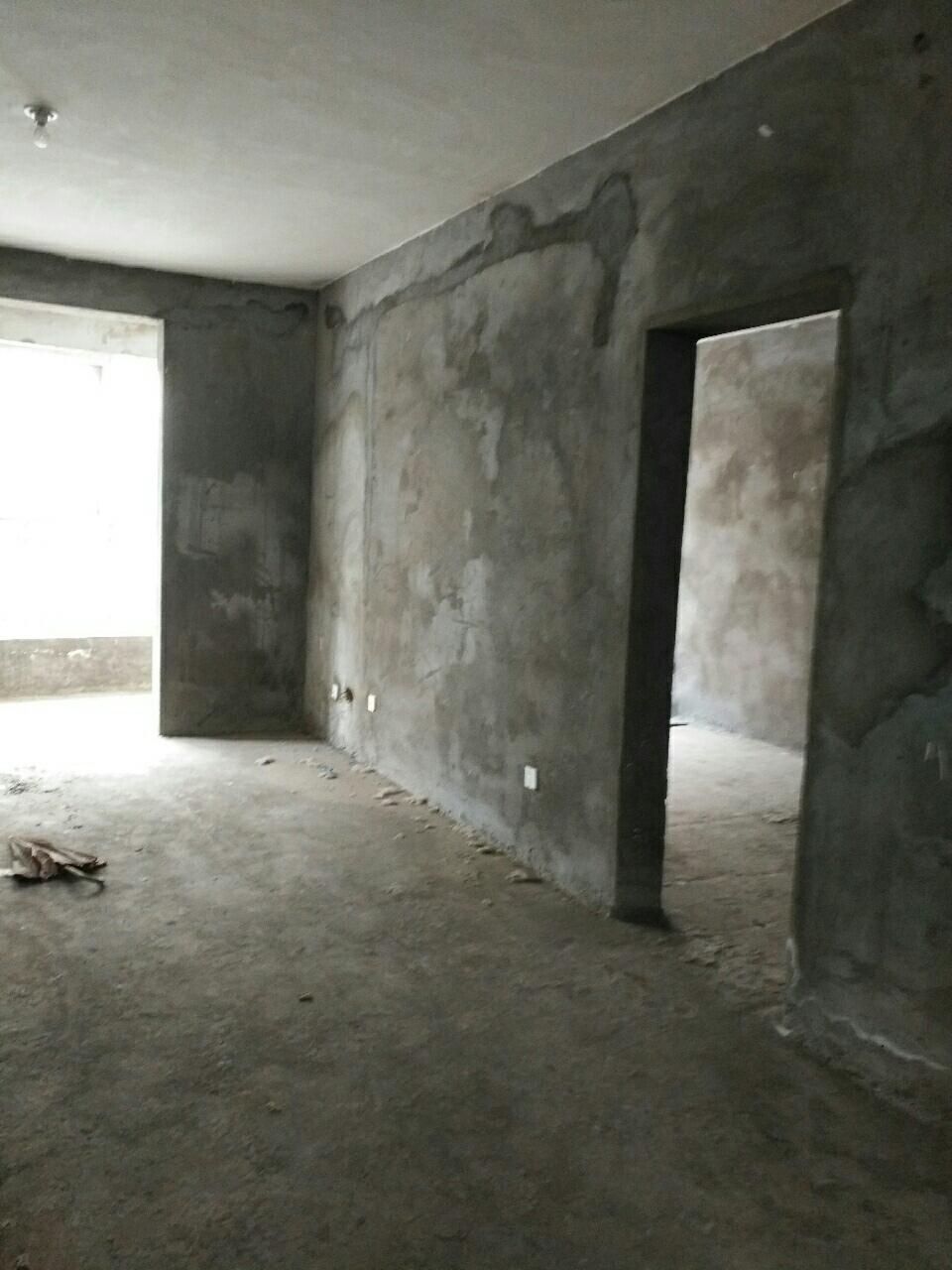 清华源3室 2厅 2卫45万元