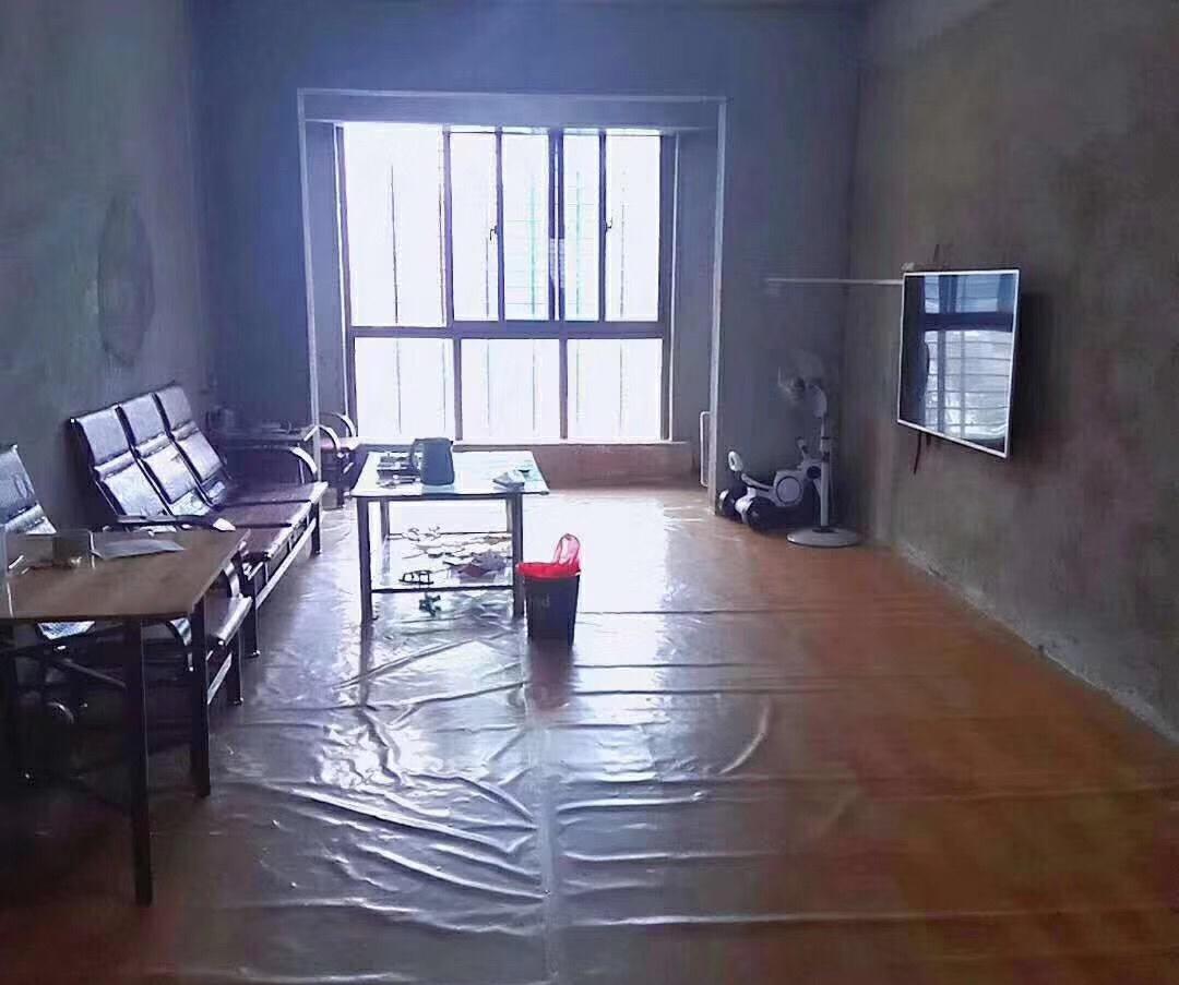 约克阳光3室 2厅 2卫88万元