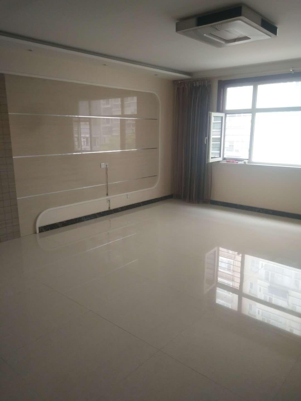奥林盛园小区3室 2厅 2卫115万元