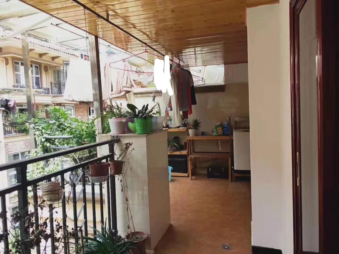 磐石·圣缇亚纳3室 1厅 1卫93.8万元