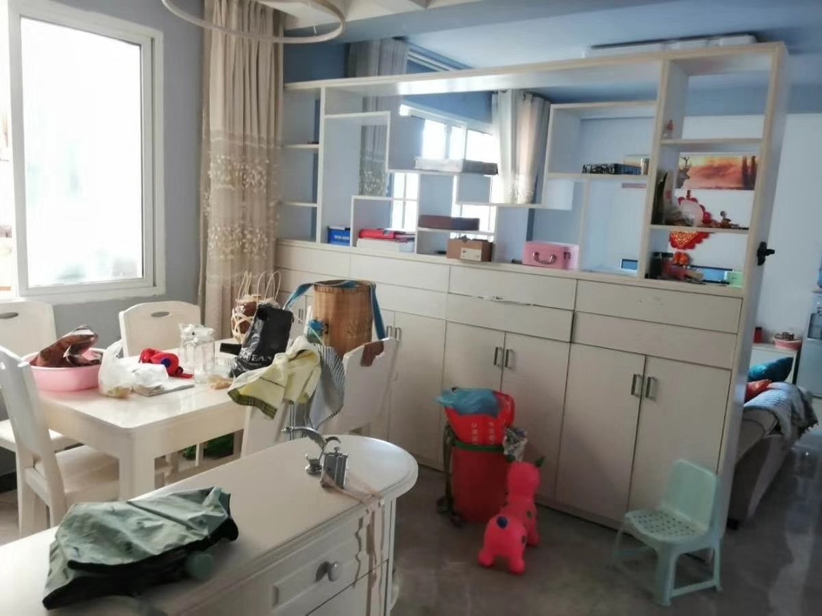 龙腾锦城3室 2厅 1卫68万元
