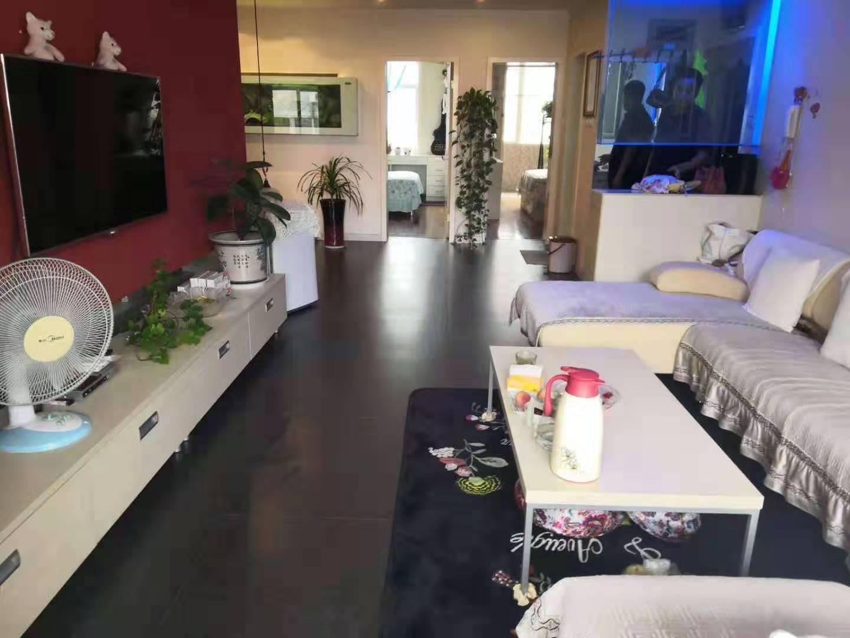 科技园小区3室 2厅 1卫70万元