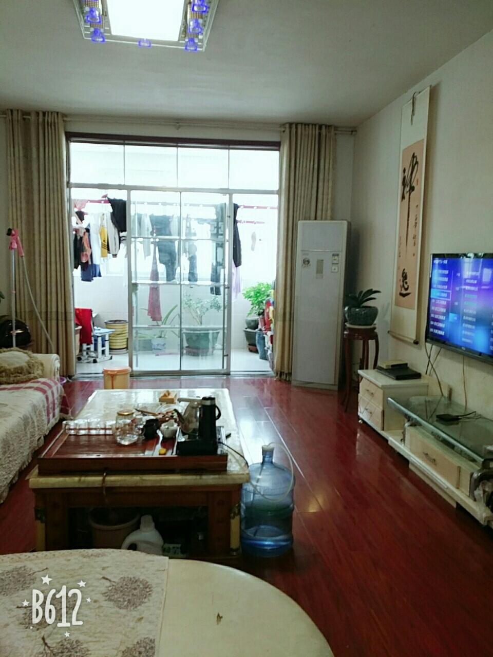 千田家园3室 2厅 2卫67万元