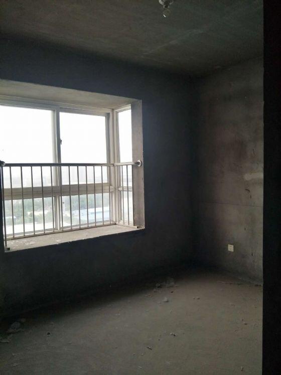 博学仕府3室 2厅 1卫36万元