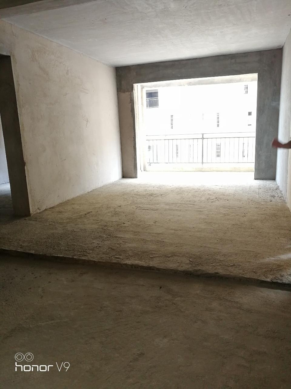 辰龙花园3室 1厅 2卫53.8万元