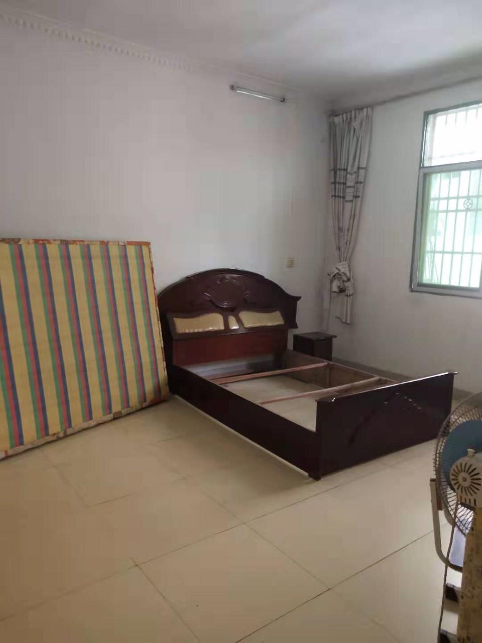 金盆山公寓学区房出售35.8万元