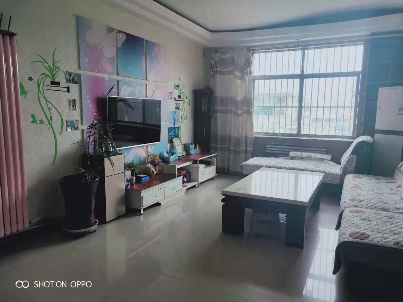 紫荆小区单元出售代煤房一个333室 1厅 1卫33万元