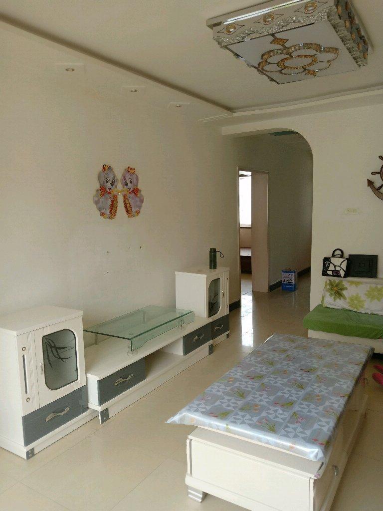 仁和家园(龙腾路)2室 2厅 1卫37.5万元