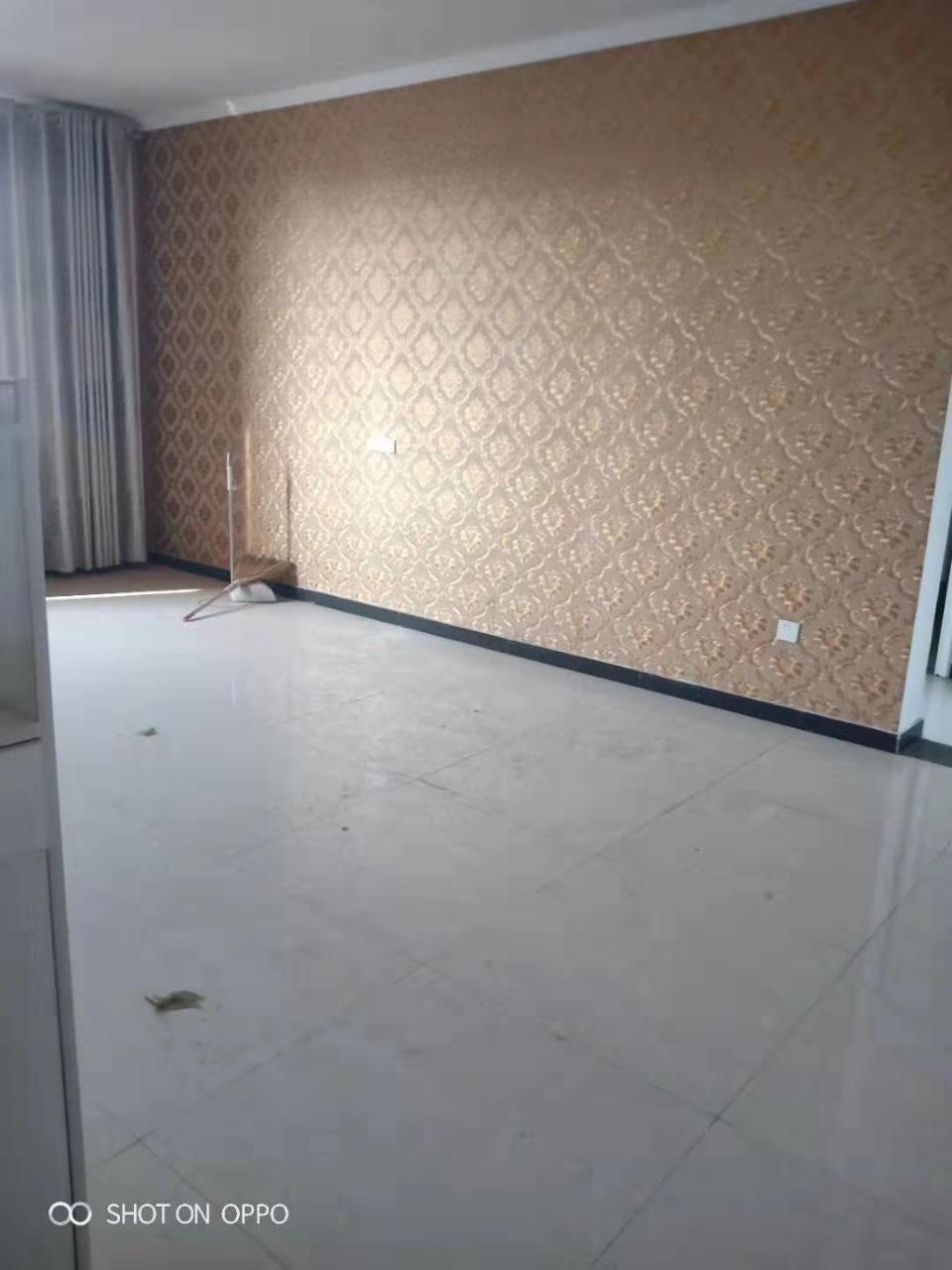 北成王临街房3室 2厅 2卫42万元