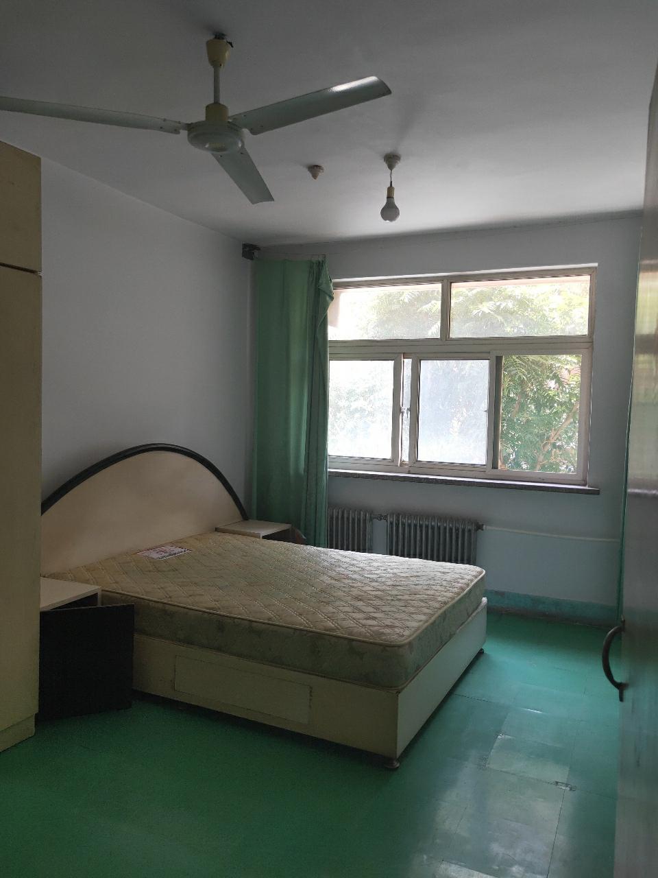正和家属院上一小实验中学2室2厅1卫82平53万元