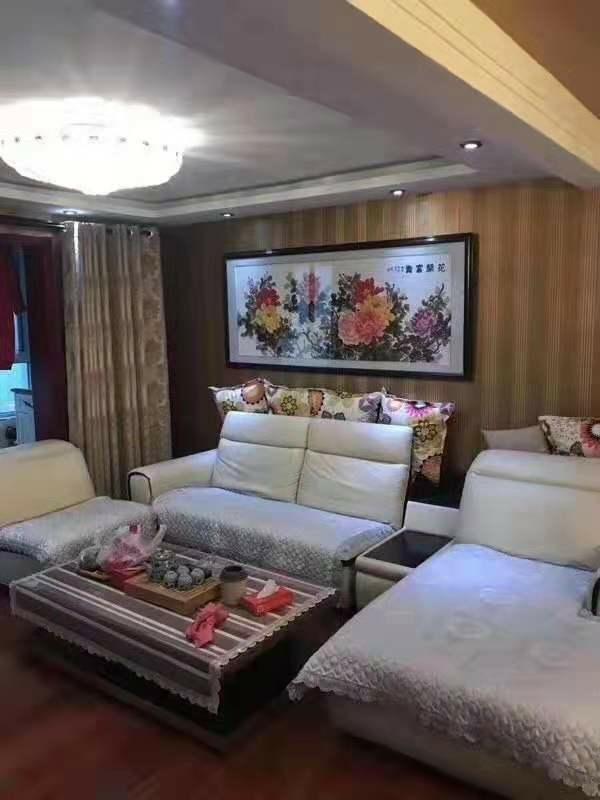 惠东花园3室 2厅 2卫85万元
