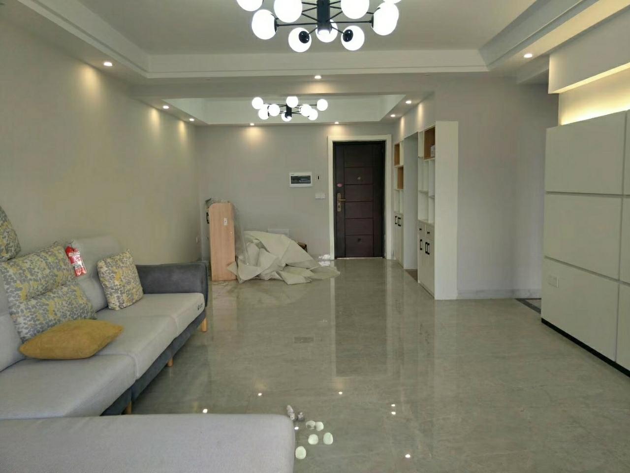 水印丹堤3室 一线江景,仅售95万元