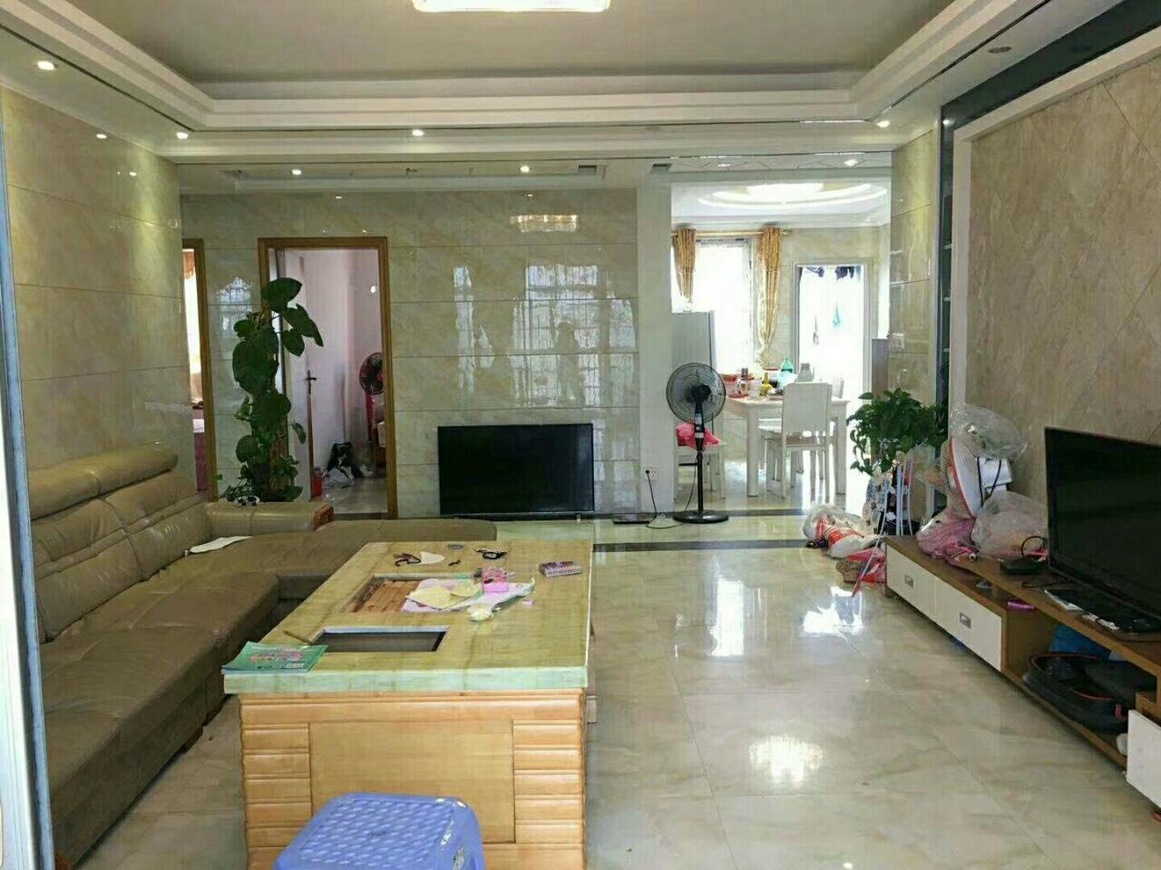 水印丹堤3室精装一线江景93万元