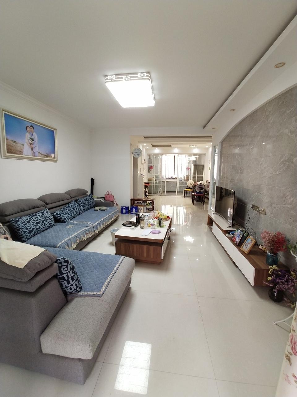 广城和家园3室 2厅 2卫