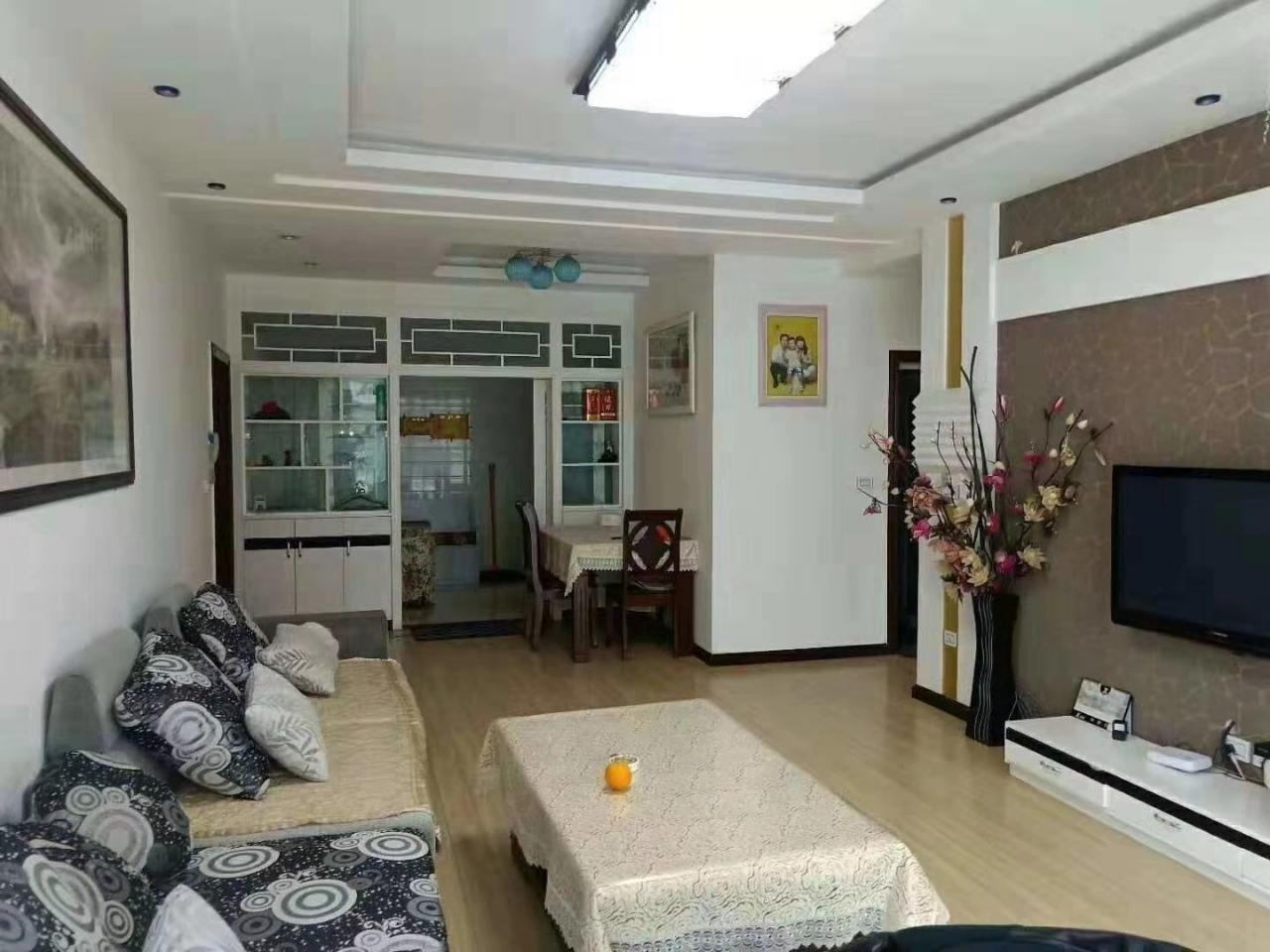 大平米,4个卧室