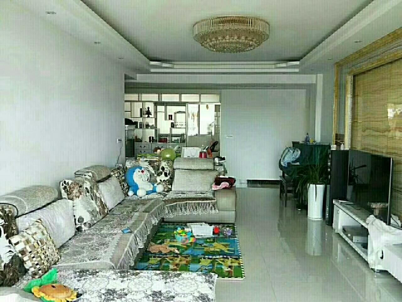 时代广场3室 1厅 2卫68万元