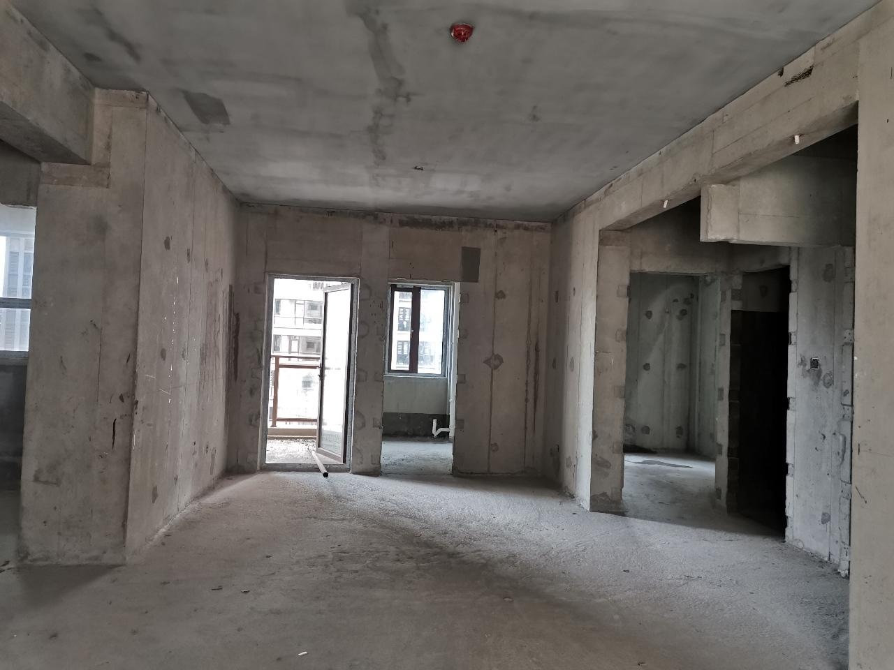 百福豪城4室 2厅 2卫146万元