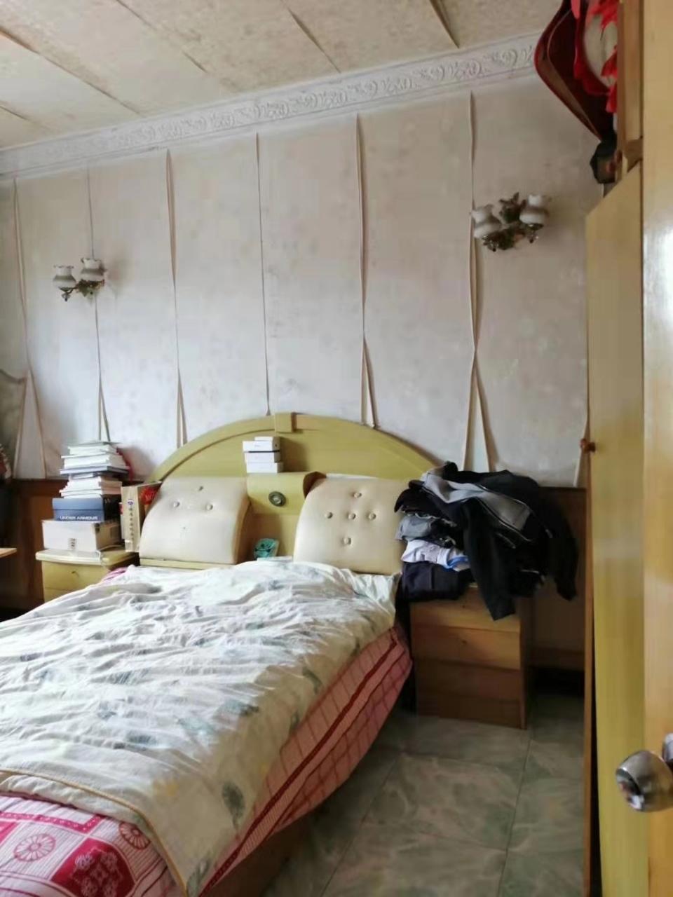 正街一小附近3室 2厅 1卫35.8万元