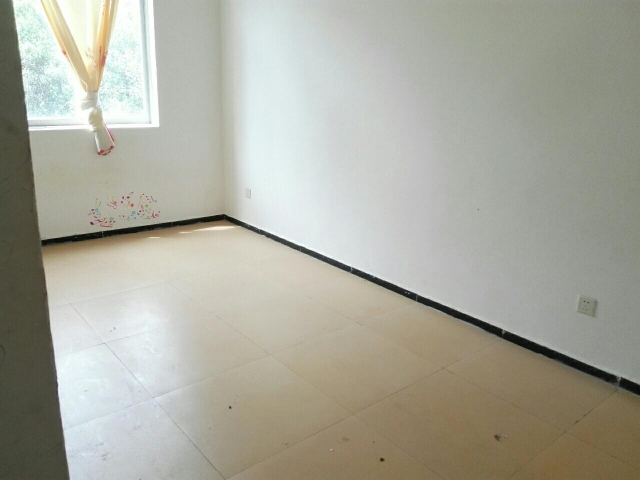 椒莲广场2室 1厅 1卫14.6万元