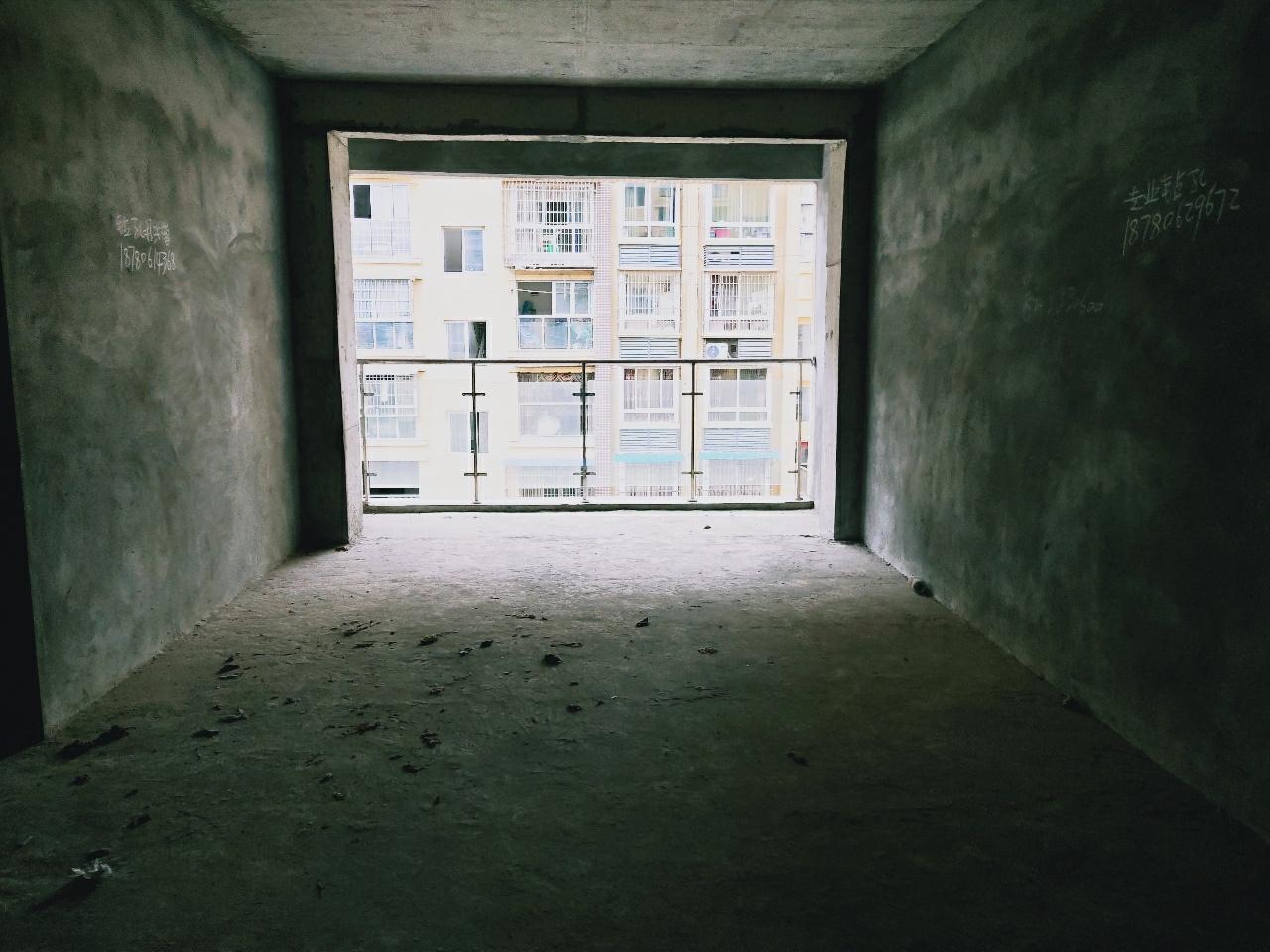 桂溪中学旁电梯房直接更名超大三房双卫仅售48万