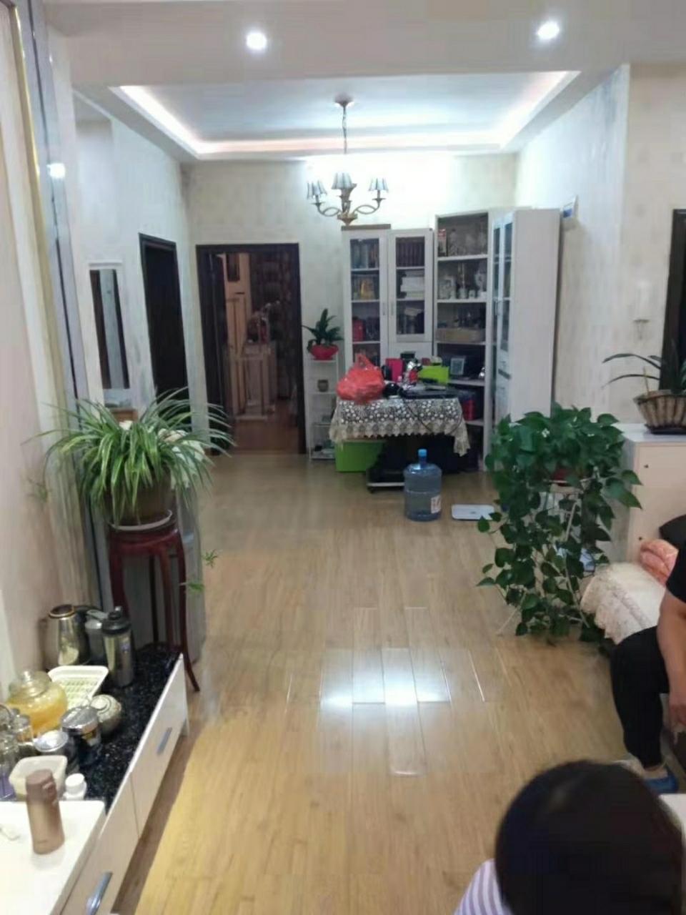 鸿福家园2室 1厅 1卫51万元